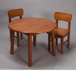 Giftmark 1407H Natural Hardwood Round Table and Chair Set (Honey Finish)