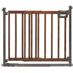 Summer Infant 27260 Step to Secure Wood Walk-Thru Gate